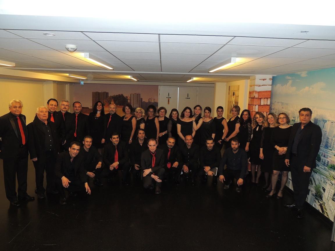 Rotterdams Turks Klassieke Muziek Koor Rotterdam o.l.v. Emine Bostanci
